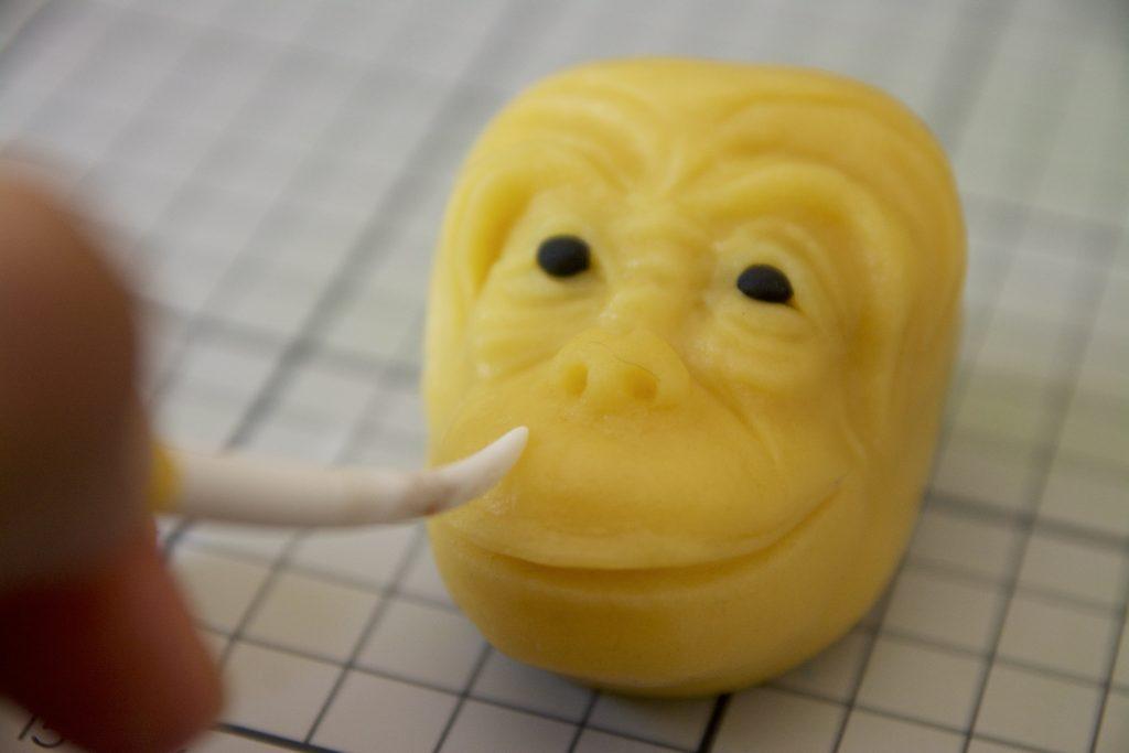 Marzipan Monkey Tutorial - Step 13